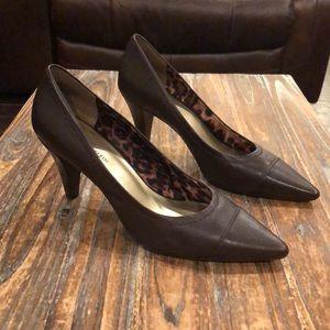 NWT Anne Klein iflex dark brown leather heels